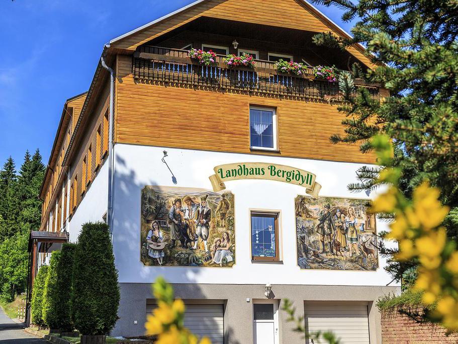 Landhaus Bergidyll, city – Logis-Partner Stoneman Miriquidi Road
