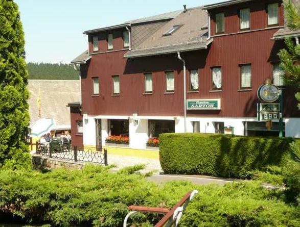 Pension Sartor, city – Logis-Partner Stoneman Miriquidi Road